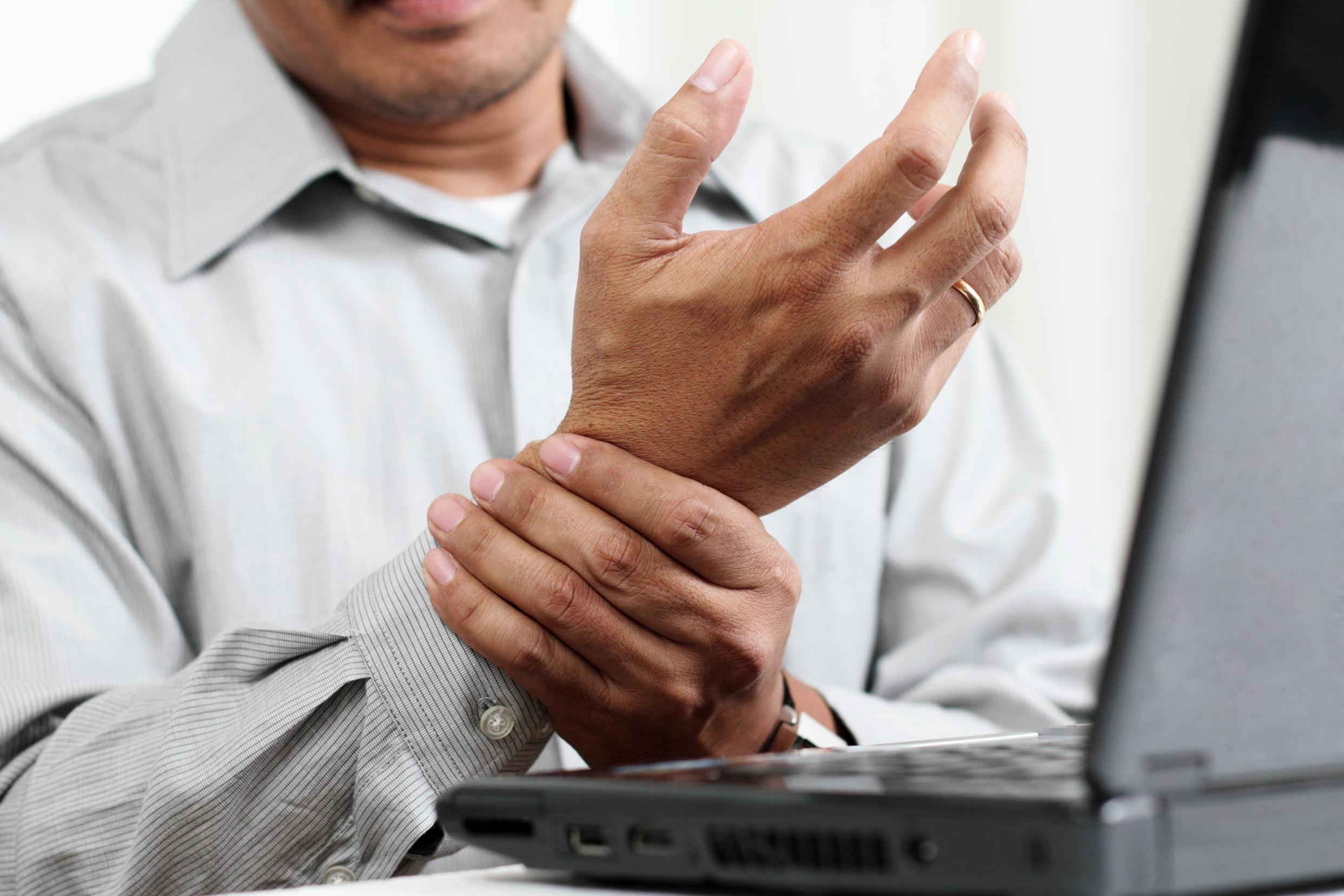 Carpal Tunnel Syndrome - image shutterstock_114444253-2 on https://www.drlisaowen.com